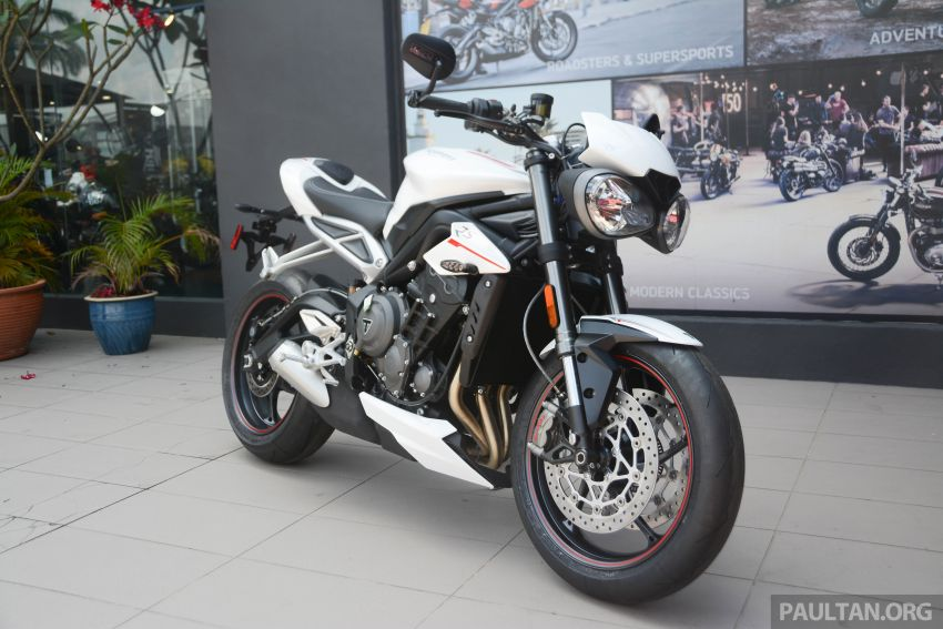 REVIEW: 2020 Triumph Street Triple 765RS naked sports – more of the same, but better, at RM67,900 Image #1054571
