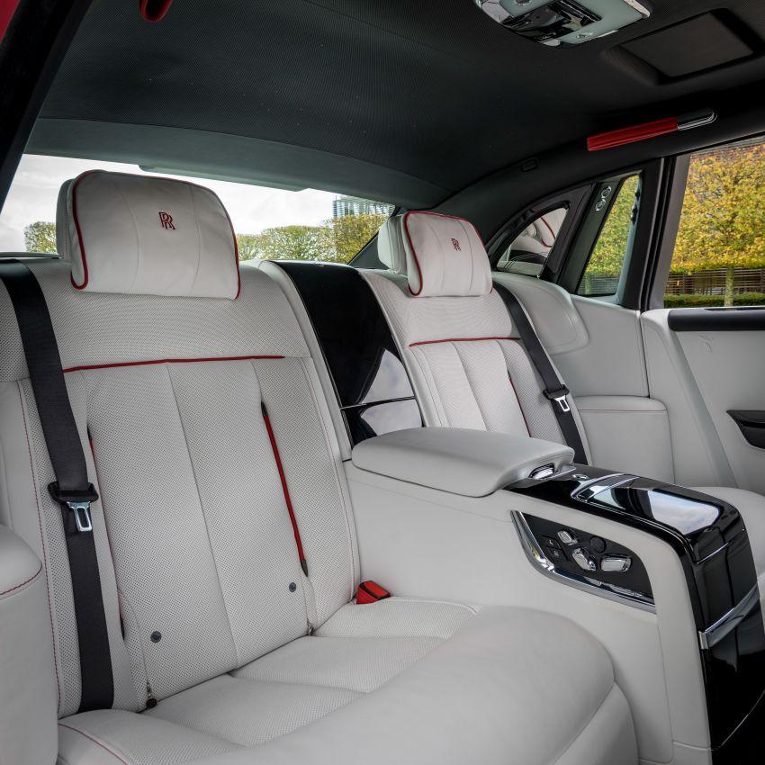 Custom Rolls-Royce RED Phantom made to fight AIDS Image #1055539