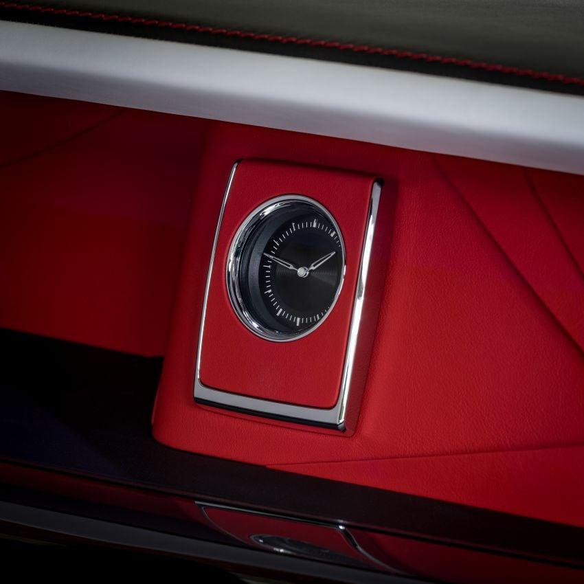 Custom Rolls-Royce RED Phantom made to fight AIDS Image #1055546
