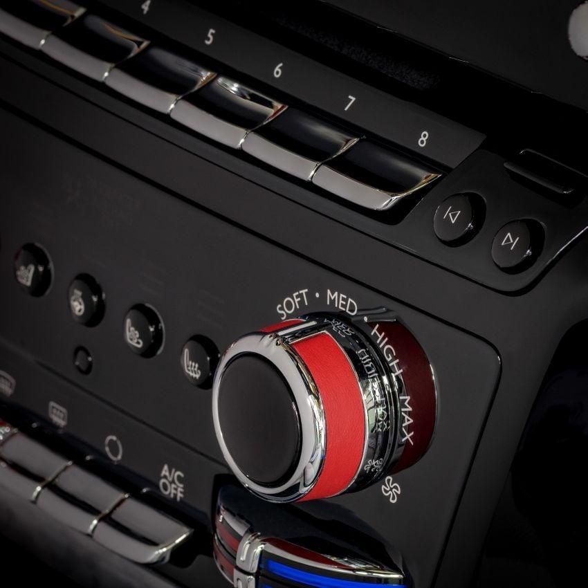 Custom Rolls-Royce RED Phantom made to fight AIDS Image #1055549