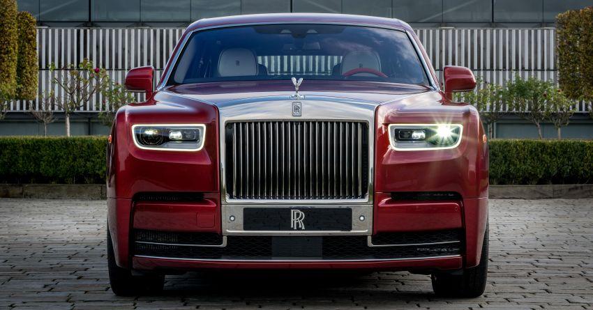 Custom Rolls-Royce RED Phantom made to fight AIDS Image #1055531