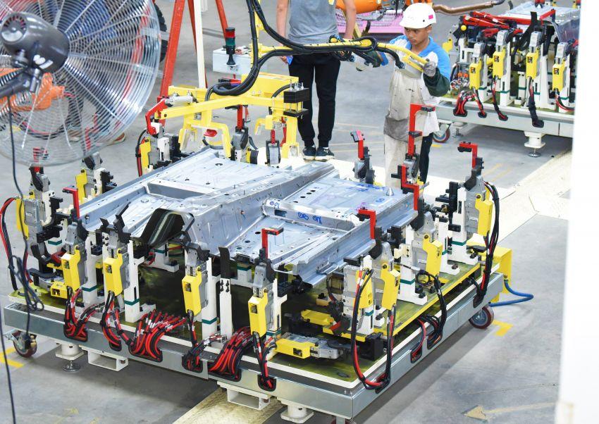 Produksi Proton X70 CKD di Tanjung Malim bermula – turut akan dieksport ke pasaran luar seperti UK Image #1059800