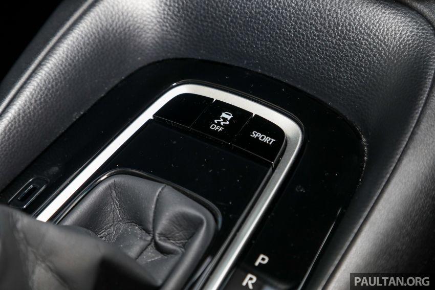 PANDU UJI: Toyota Corolla 1.8L generasi ke-12 – pakej kuasa sama, tapi ada kelebihan pada keseimbangan Image #1059336