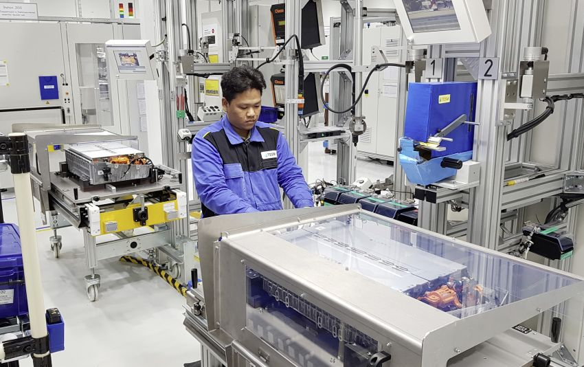 Mercedes-Benz begins battery production in Thailand Image #1057169