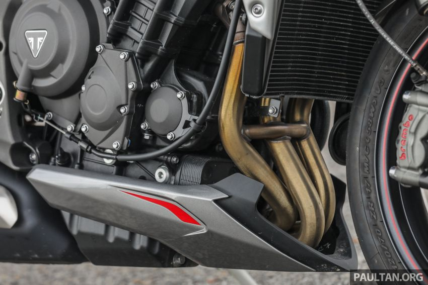 REVIEW: 2020 Triumph Street Triple 765RS naked sports – more of the same, but better, at RM67,900 Image #1054514