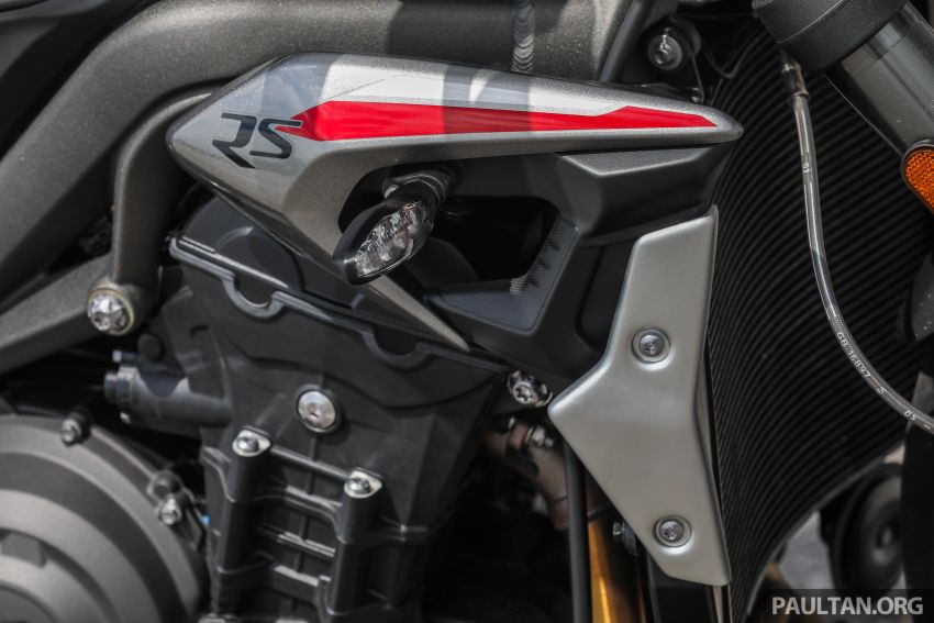 REVIEW: 2020 Triumph Street Triple 765RS naked sports – more of the same, but better, at RM67,900 Image #1054518