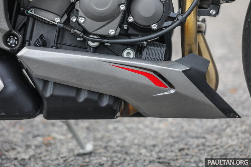 REVIEW: 2020 Triumph Street Triple 765RS naked sports – more of the same, but better, at RM67,900 Image #1054519