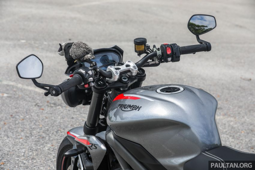 REVIEW: 2020 Triumph Street Triple 765RS naked sports – more of the same, but better, at RM67,900 Image #1054529