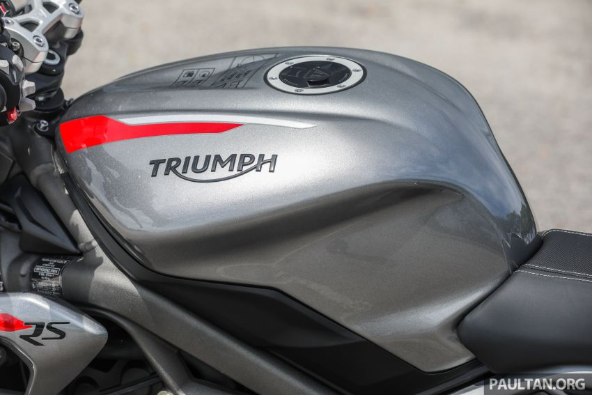 REVIEW: 2020 Triumph Street Triple 765RS naked sports – more of the same, but better, at RM67,900 Image #1054537