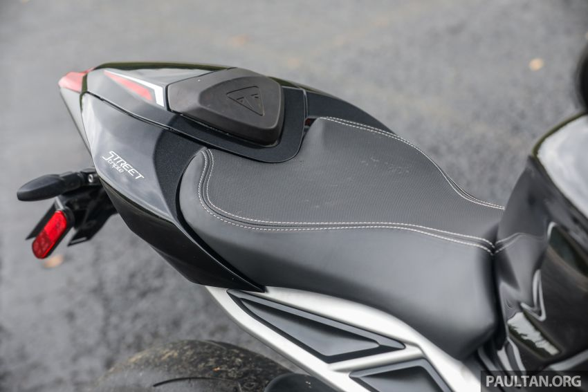 REVIEW: 2020 Triumph Street Triple 765RS naked sports – more of the same, but better, at RM67,900 Image #1054568