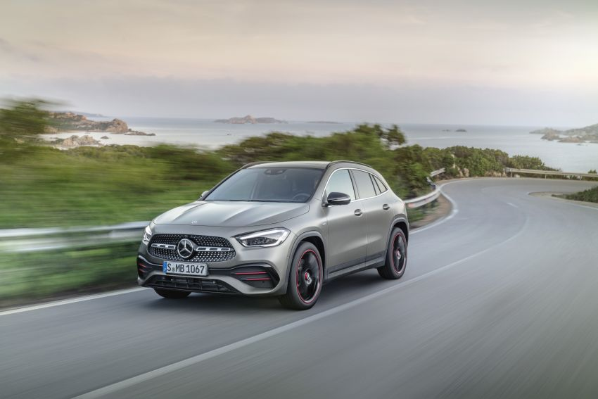H247 Mercedes-Benz GLA revealed – BMW X2 rival grows taller and receives new tech and engines Image #1058600