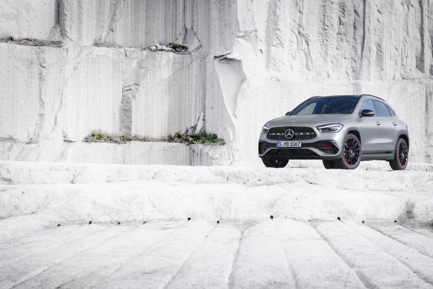 H247 Mercedes-Benz GLA revealed – BMW X2 rival grows taller and receives new tech and engines Image #1058612