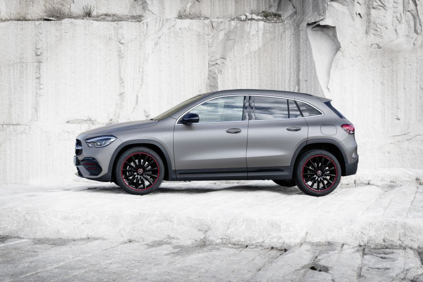 H247 Mercedes-Benz GLA revealed – BMW X2 rival grows taller and receives new tech and engines Image #1058616