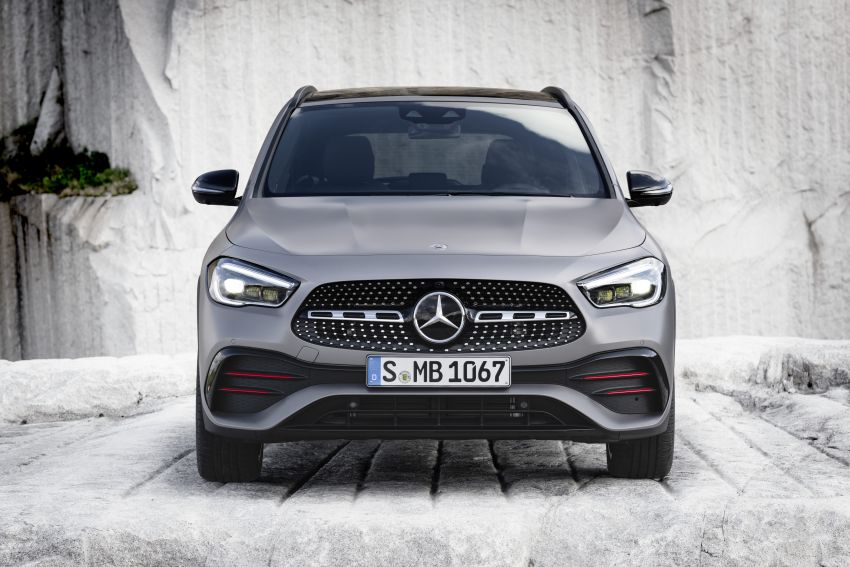H247 Mercedes-Benz GLA revealed – BMW X2 rival grows taller and receives new tech and engines Image #1058618
