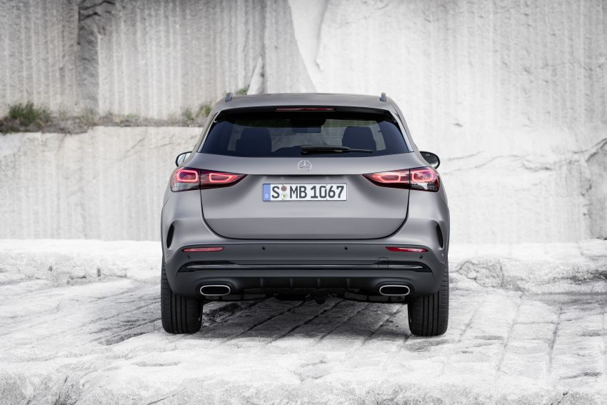 H247 Mercedes-Benz GLA revealed – BMW X2 rival grows taller and receives new tech and engines Image #1058621
