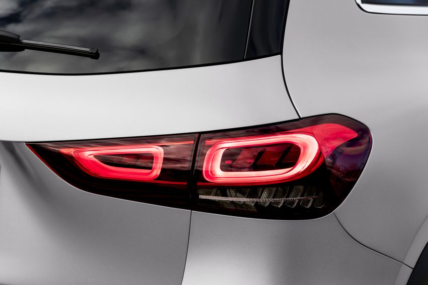 H247 Mercedes-Benz GLA revealed – BMW X2 rival grows taller and receives new tech and engines Image #1058623