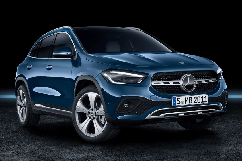 H247 Mercedes-Benz GLA revealed – BMW X2 rival grows taller and receives new tech and engines Image #1058679