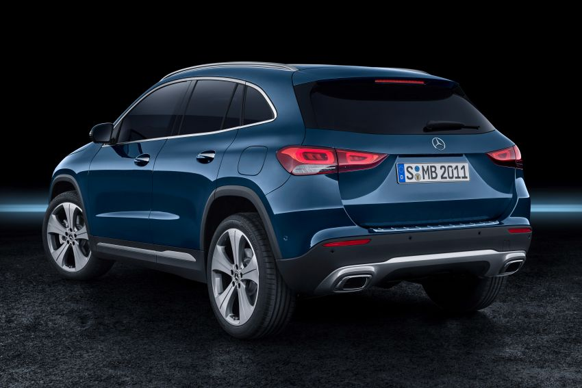 H247 Mercedes-Benz GLA revealed – BMW X2 rival grows taller and receives new tech and engines Image #1058683