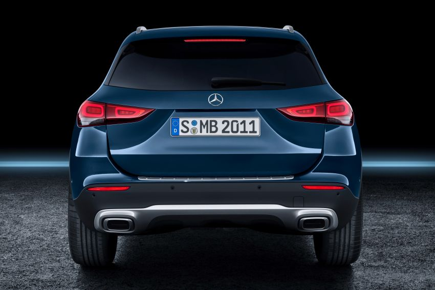 H247 Mercedes-Benz GLA revealed – BMW X2 rival grows taller and receives new tech and engines Image #1058685