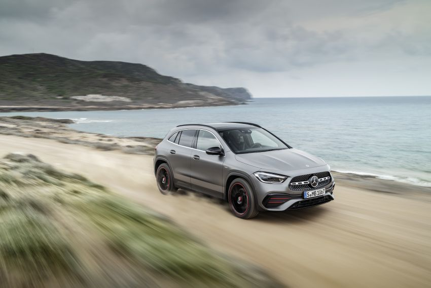H247 Mercedes-Benz GLA revealed – BMW X2 rival grows taller and receives new tech and engines Image #1058606
