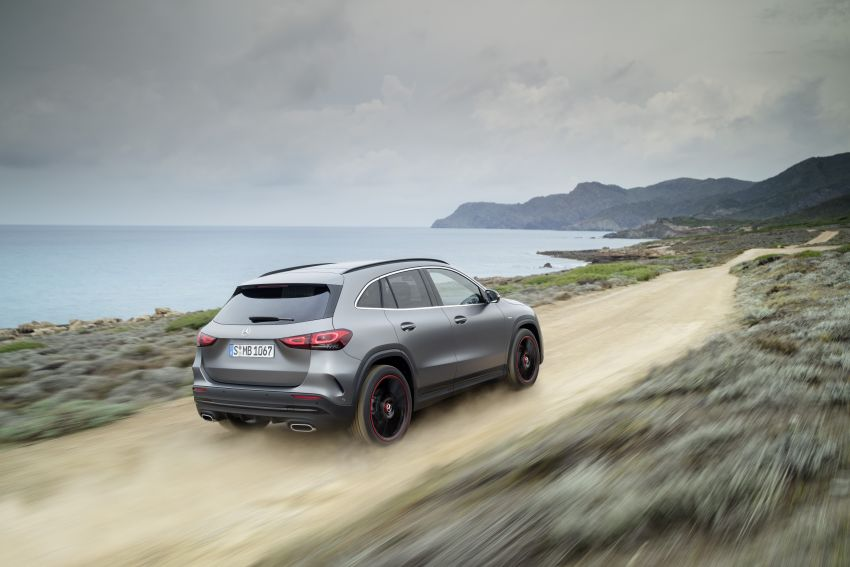 H247 Mercedes-Benz GLA revealed – BMW X2 rival grows taller and receives new tech and engines Image #1058608