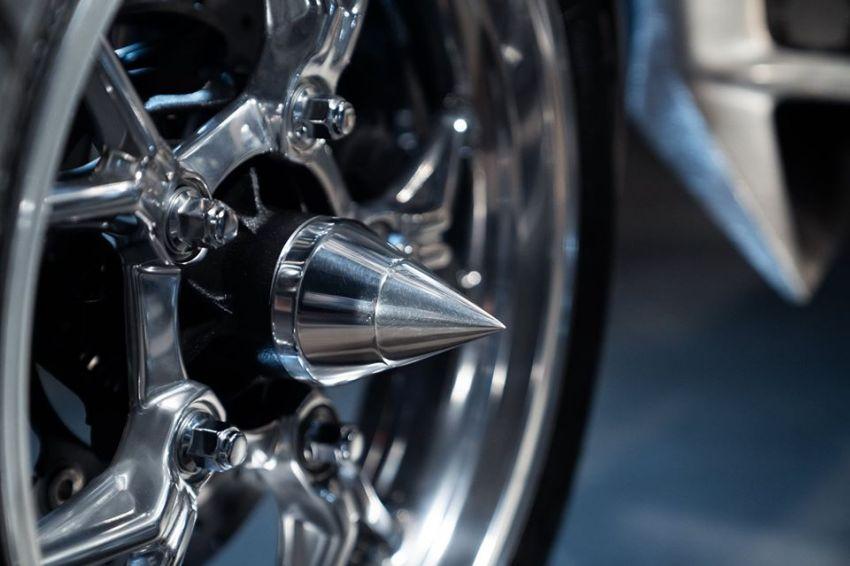Yamaha Niken dengan semua panel badan aluminium Image #1061084