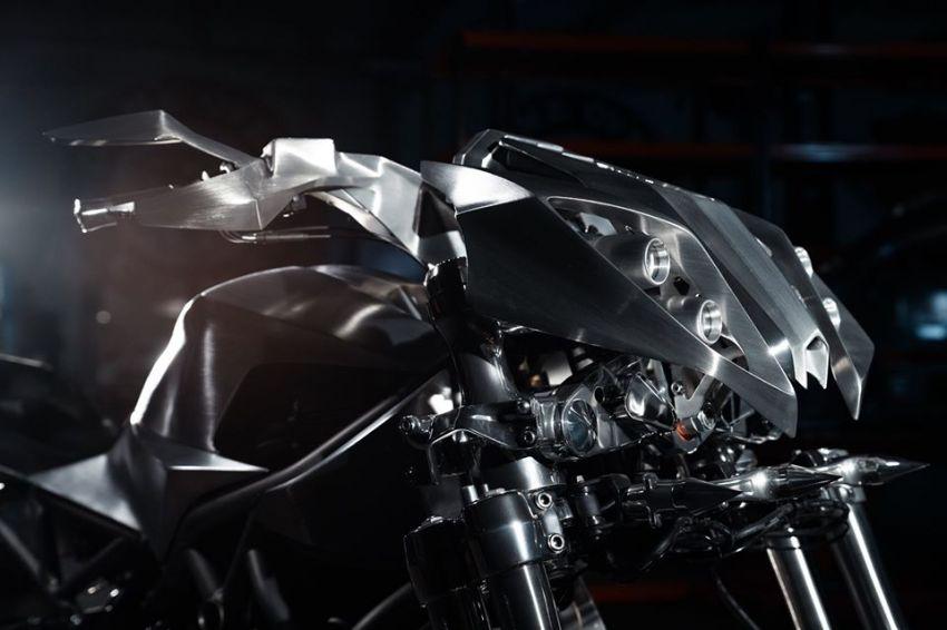 Yamaha Niken dengan semua panel badan aluminium Image #1061097