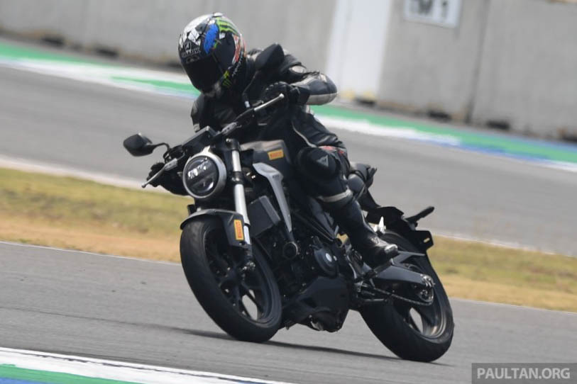 Why riding on the edge in Malaysia is dangerous – take it to the track, public roads are not for racing Image #1069977