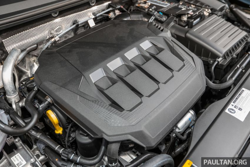 FIRST DRIVE: 2020 Volkswagen Passat 2.0 TSI review Image #1074753