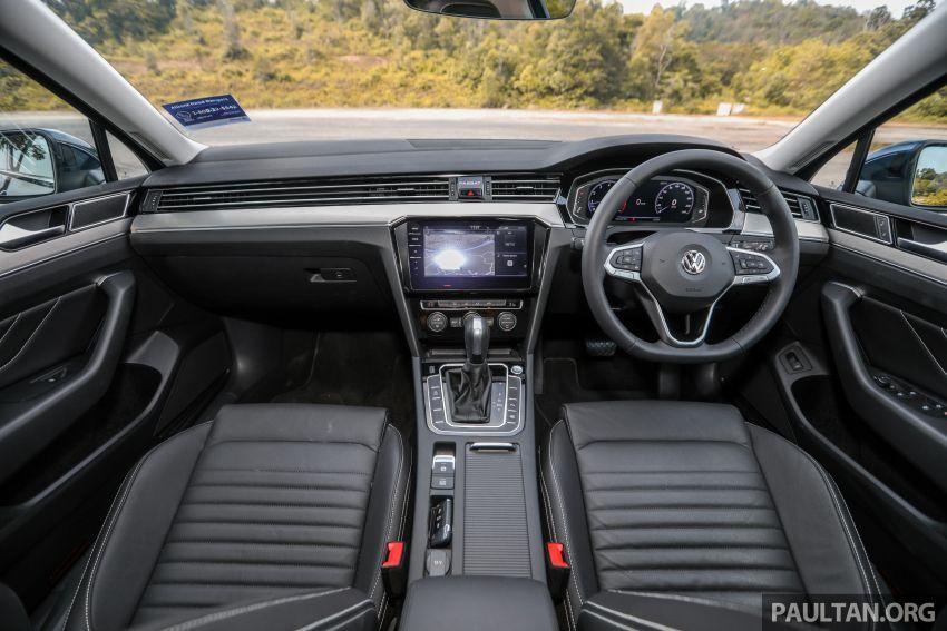 FIRST DRIVE: 2020 Volkswagen Passat 2.0 TSI review Image #1074781