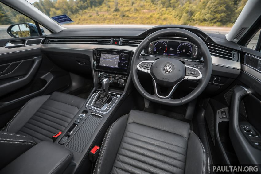 FIRST DRIVE: 2020 Volkswagen Passat 2.0 TSI review Image #1074822