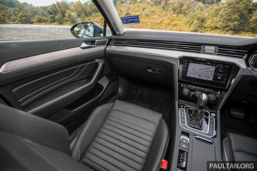 FIRST DRIVE: 2020 Volkswagen Passat 2.0 TSI review Image #1074824