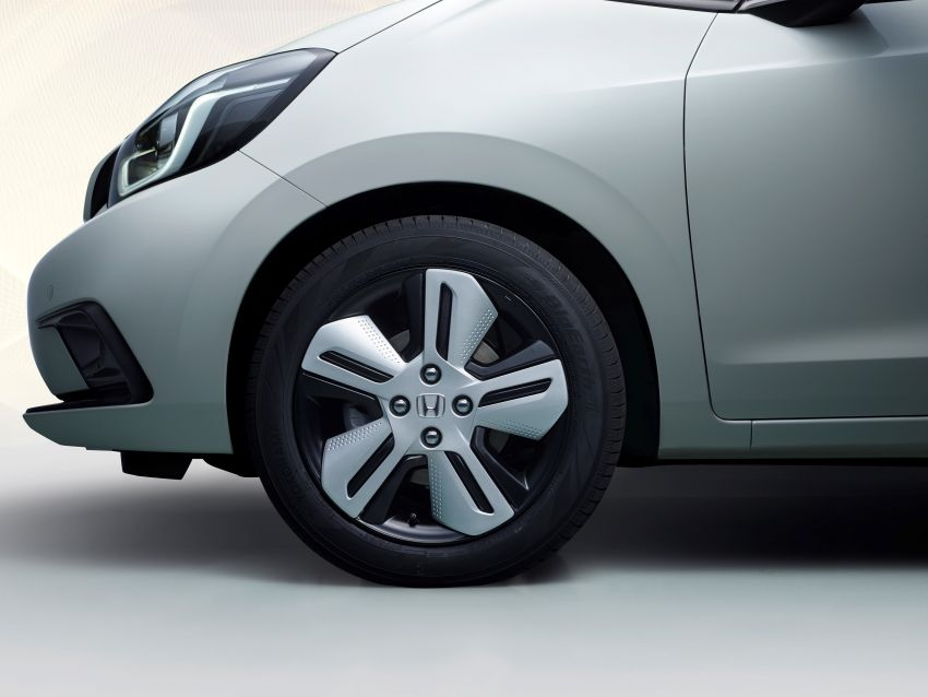 Honda Jazz Hybrid 2020 untuk Eropah – penjana kuasa 1.5 liter i-MMD; 109 PS dan 253 Nm; 4.5 l/100km Image #1081481