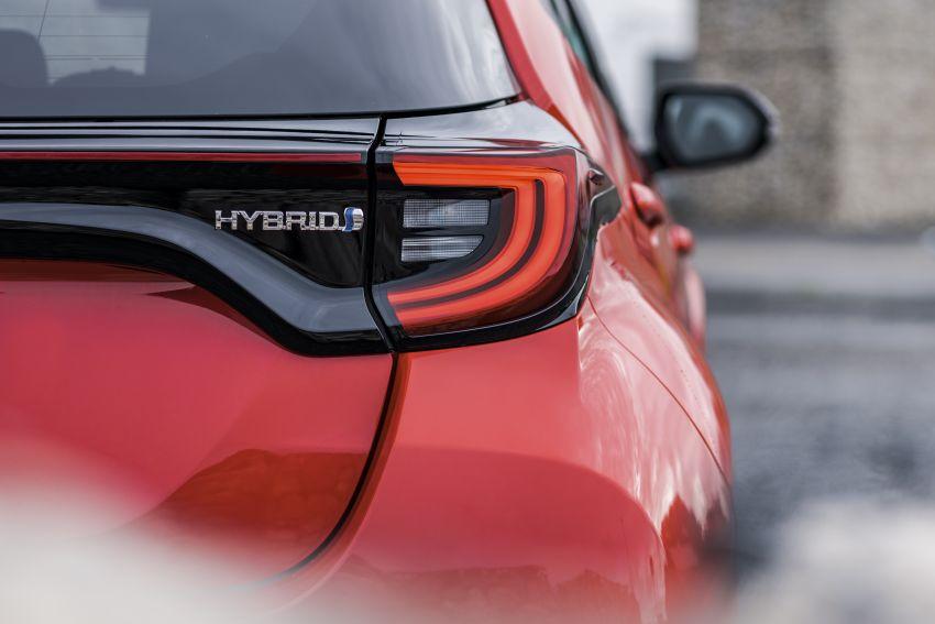 2020 Toyota Yaris Hybrid – 1.5L three-cylinder Dynamic Force engine, improved fuel efficiency and emissions Image #1079736