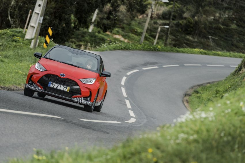 2020 Toyota Yaris Hybrid – 1.5L three-cylinder Dynamic Force engine, improved fuel efficiency and emissions Image #1079631