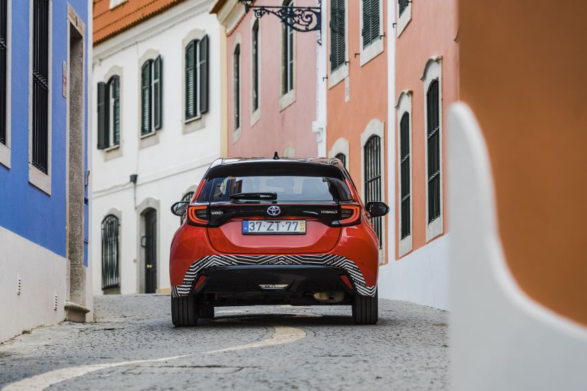 2020 Toyota Yaris Hybrid – 1.5L three-cylinder Dynamic Force engine, improved fuel efficiency and emissions Image #1079633