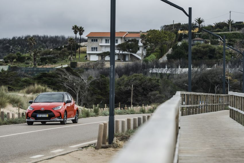 2020 Toyota Yaris Hybrid – 1.5L three-cylinder Dynamic Force engine, improved fuel efficiency and emissions Image #1079643