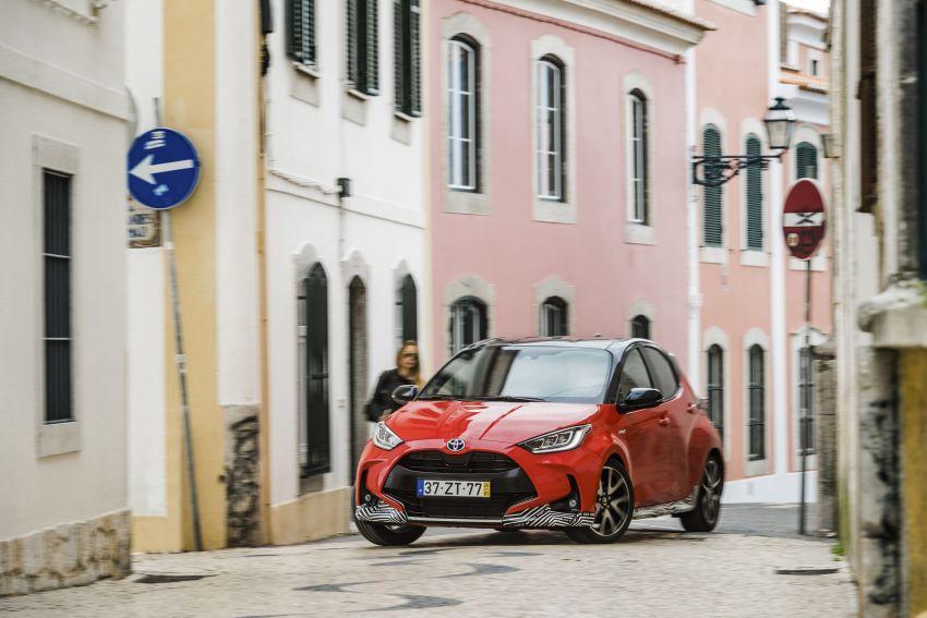 2020 Toyota Yaris Hybrid – 1.5L three-cylinder Dynamic Force engine, improved fuel efficiency and emissions Image #1079640