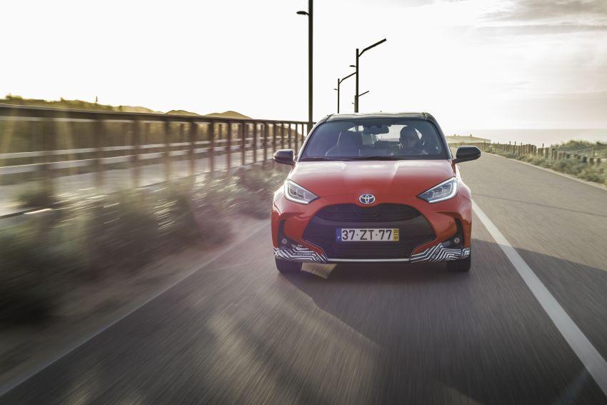2020 Toyota Yaris Hybrid – 1.5L three-cylinder Dynamic Force engine, improved fuel efficiency and emissions Image #1079648