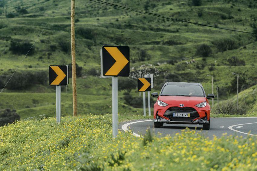 2020 Toyota Yaris Hybrid – 1.5L three-cylinder Dynamic Force engine, improved fuel efficiency and emissions Image #1079586