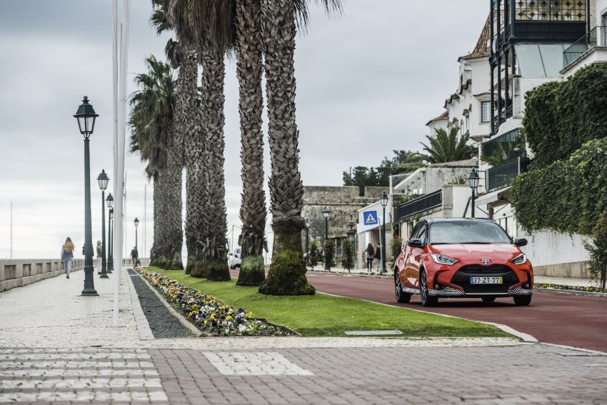 2020 Toyota Yaris Hybrid – 1.5L three-cylinder Dynamic Force engine, improved fuel efficiency and emissions Image #1079679