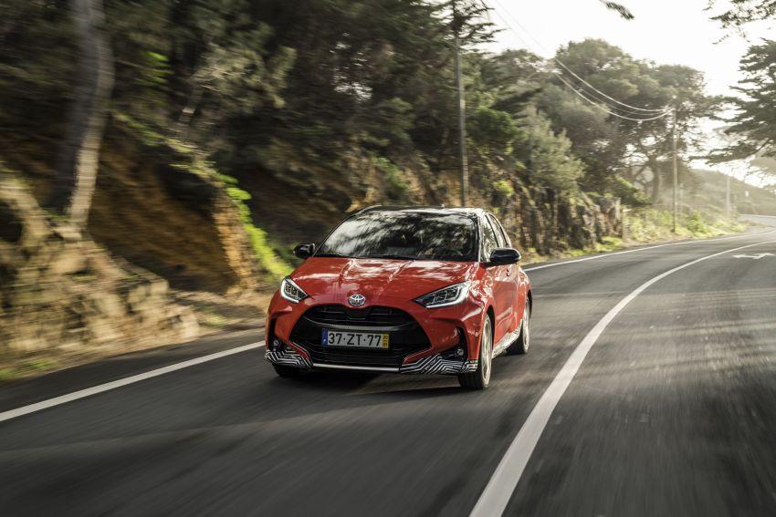 2020 Toyota Yaris Hybrid – 1.5L three-cylinder Dynamic Force engine, improved fuel efficiency and emissions Image #1079591