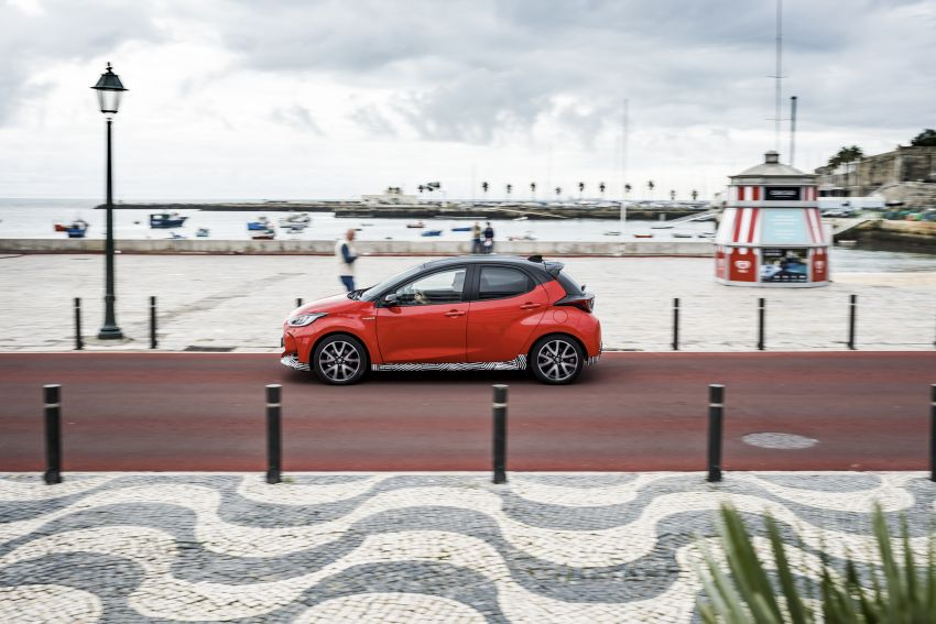 2020 Toyota Yaris Hybrid – 1.5L three-cylinder Dynamic Force engine, improved fuel efficiency and emissions Image #1079687