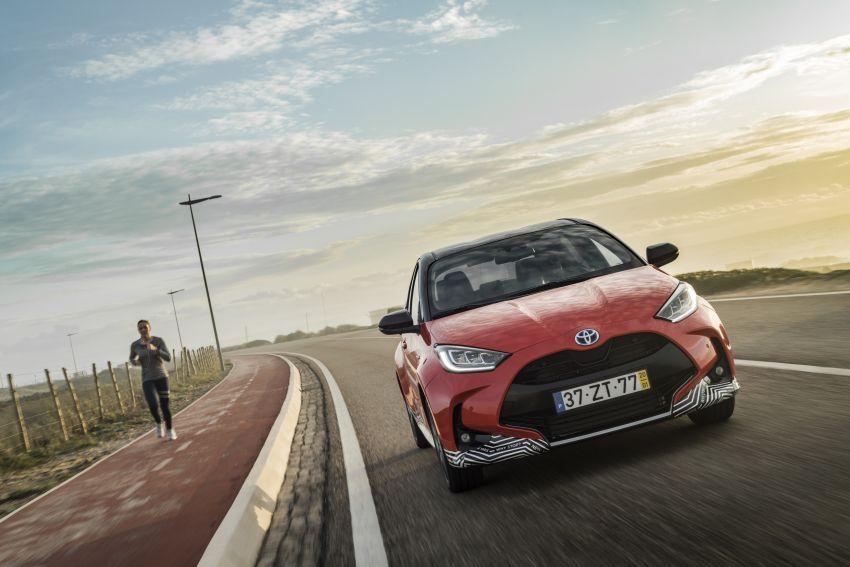 2020 Toyota Yaris Hybrid – 1.5L three-cylinder Dynamic Force engine, improved fuel efficiency and emissions Image #1079686