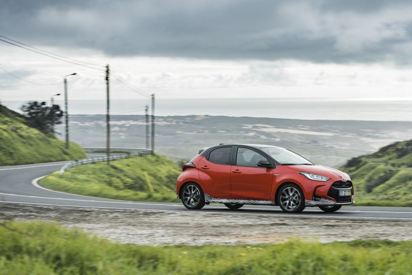 2020 Toyota Yaris Hybrid – 1.5L three-cylinder Dynamic Force engine, improved fuel efficiency and emissions Image #1079594