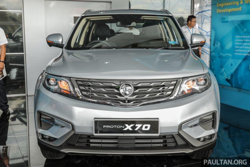 Proton X70 CKD dilancarkan secara rasmi – harga bermula RM95k, kotak gear DCT 7-kelajuan, 4 varian Image #1080957