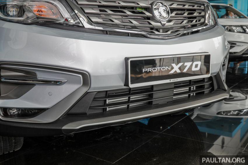 Proton X70 CKD dilancarkan secara rasmi – harga bermula RM95k, kotak gear DCT 7-kelajuan, 4 varian Image #1080964