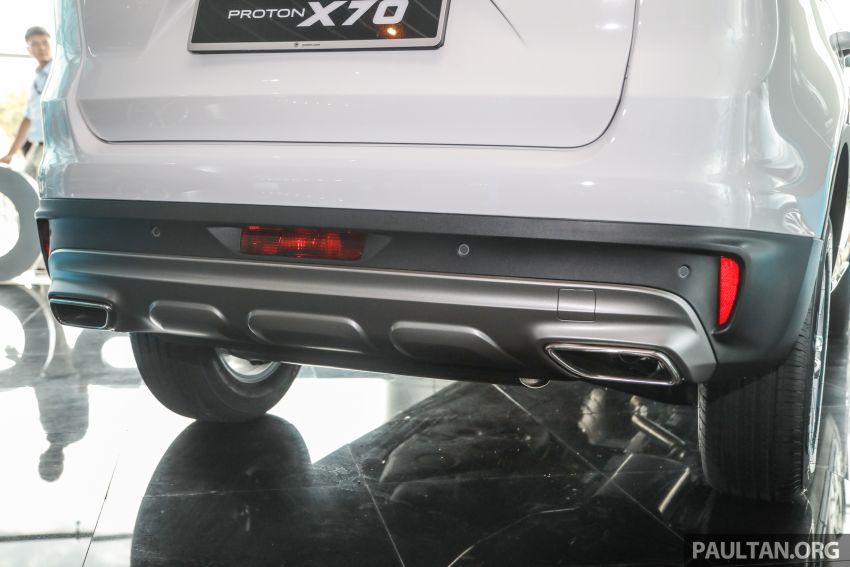 Proton X70 CKD dilancarkan secara rasmi – harga bermula RM95k, kotak gear DCT 7-kelajuan, 4 varian Image #1081035