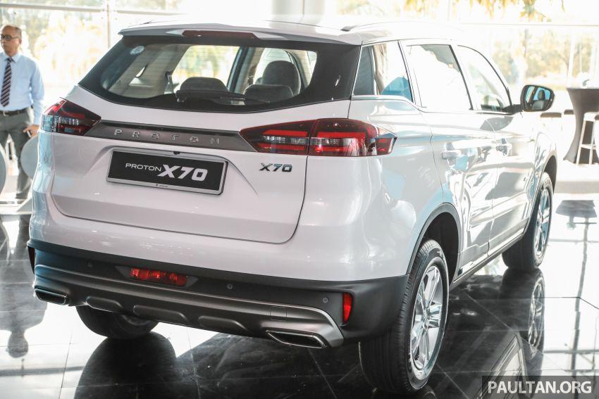 Proton X70 CKD dilancarkan secara rasmi – harga bermula RM95k, kotak gear DCT 7-kelajuan, 4 varian Image #1081008