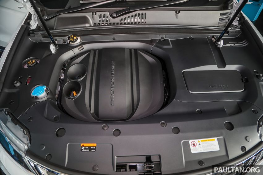Proton X70 CKD dilancarkan secara rasmi – harga bermula RM95k, kotak gear DCT 7-kelajuan, 4 varian Image #1081040